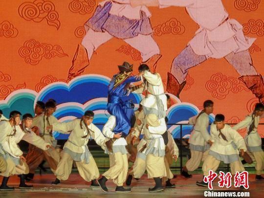 《木兰秋�A大典》演出 张桂芹 摄