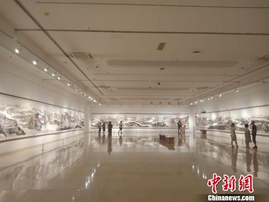展厅全貌。冯维健 摄