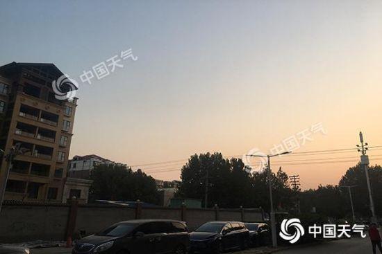 今晨,河北石家庄天气晴朗。