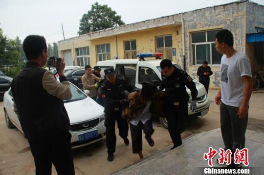 警方抓获的犯罪嫌疑人。 邢台市公安局供图