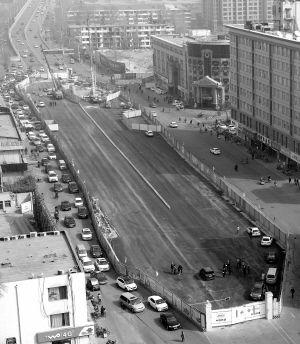 地铁3号线市庄站主干道路已铺设完成。 本报记者 张晓峰 摄