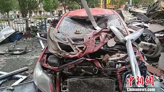 事故中受损车辆 王天译 摄