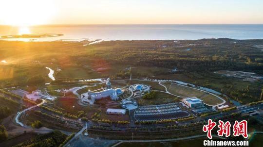 北戴河新区重点旅游康养项目中保绿都心乐园是集旅游、观光、体验、采摘、养生于一体的绿色养生主题乐园 北戴河新区宣传部供图