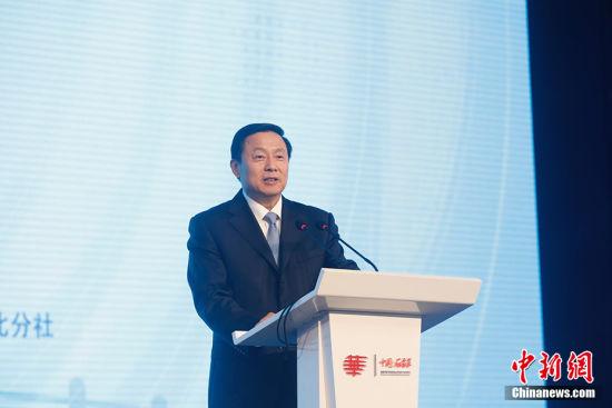 国务院新闻办副主任郭卫民出席第十届世界华文传媒论坛开幕式并致辞。韩海丹 摄