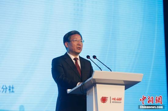 河北省委书记王东峰出席第十届世界华文传媒论坛开幕式并致辞。中新社记者 韩海丹 摄