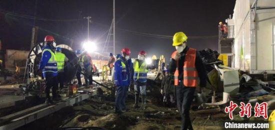 武汉火神山医院建设施工现场。 定兴县委宣传部供图