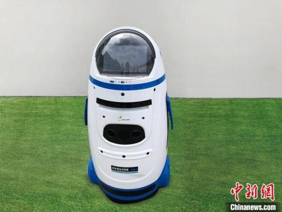 图为工地内的智能机器人。 东胜集团提供