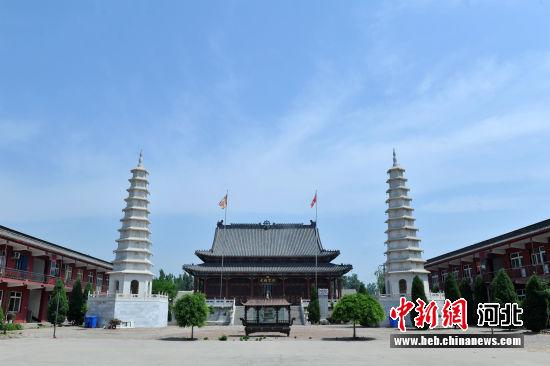 图为安州镇天宁寺寺内。 韩冰 摄