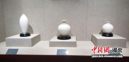 陈文增定瓷艺术馆展出的定瓷作品。 徐巧明 摄
