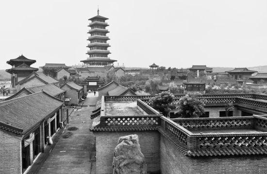图为赞皇县旅发项目德裕古镇项目现场。  本报记者  张晓峰 摄