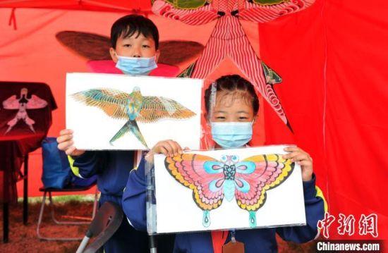 北京扎燕风筝制作技艺。 韩冰 摄