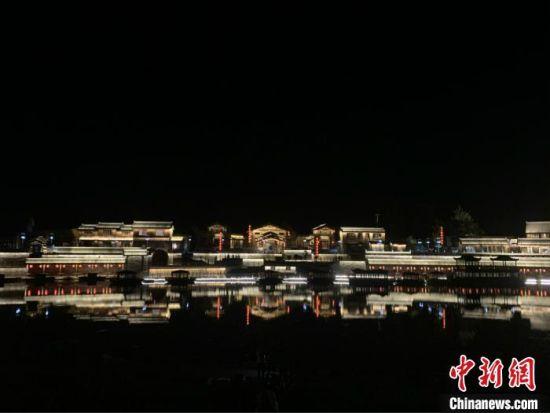 开河马头历史上是滏阳河流域最大的商品贸易地。在过去,磁州窑的瓷器、山西的煤炭、武安的铁器以及全国各地的粮食都在此集散,漕运到全国各地。 刘佳琪 摄