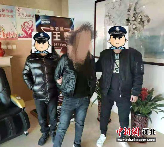 廊坊警方48小时破获砸车窗盗窃案 追回被盗财物18万余元――中国新闻网河北