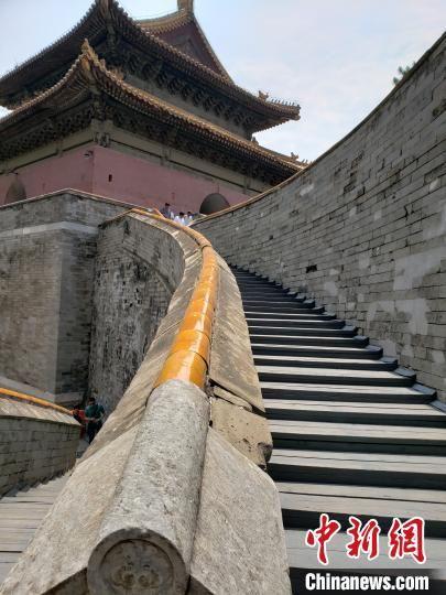 图为清西陵之泰陵方城明楼 徐巧明 摄