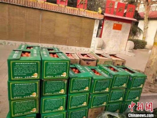 等待装运的新鲜蔬菜。饶阳县委宣传部