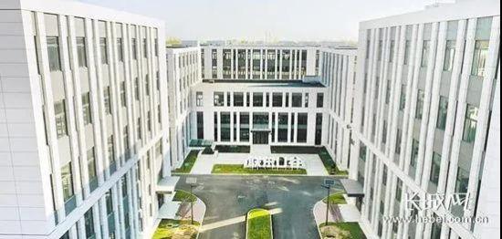 联东U谷・廊坊国际企业港(C区)吸引了电子信息、人工智能等一批高端产业企业入驻。