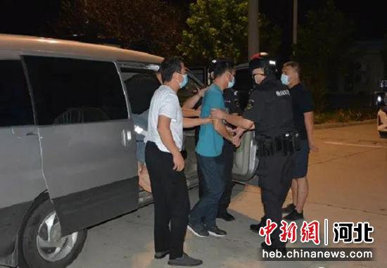 犯罪嫌疑人被抓捕归案。 清苑区公安局供图