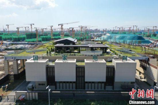 雄安新区220千伏剧村多功能融合变电站。 马千里 摄