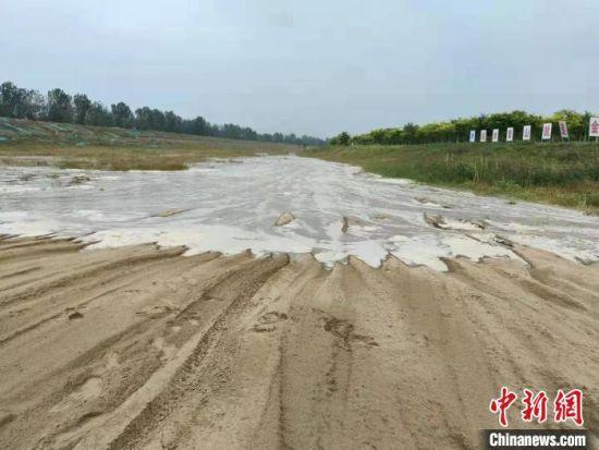 图为永定河补水水头到达廊坊 廊坊市水利局供图