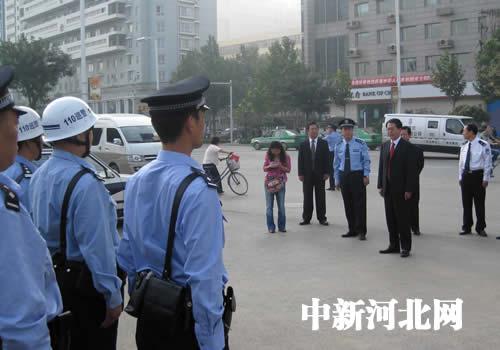 河北省委副书记车俊看望一线执勤民警