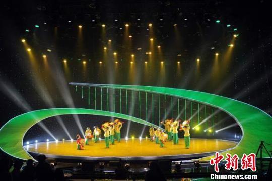 """河北""""非遗""""赵州扇鼓:""""土味儿""""民间舞蹈走上国际舞台"""