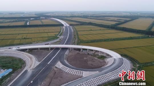 河北迁曹高速一期年底通车 完善京津冀交通圈