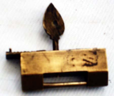 古代铜锁大受青睐 历史悠久收藏潜力很大(图)