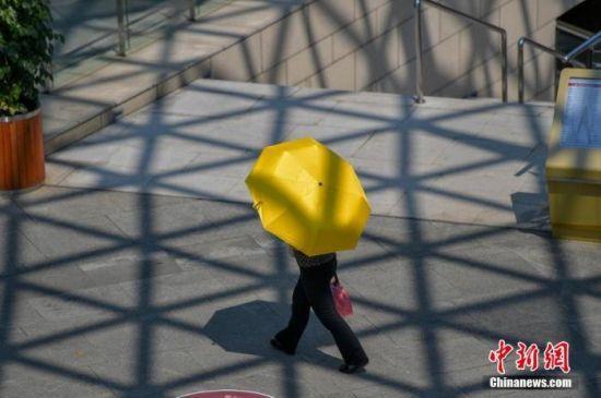 �峄�(hua)了!河北邯�41.8℃ 高(gao)�剡�要持(chi)�m(xu)3天